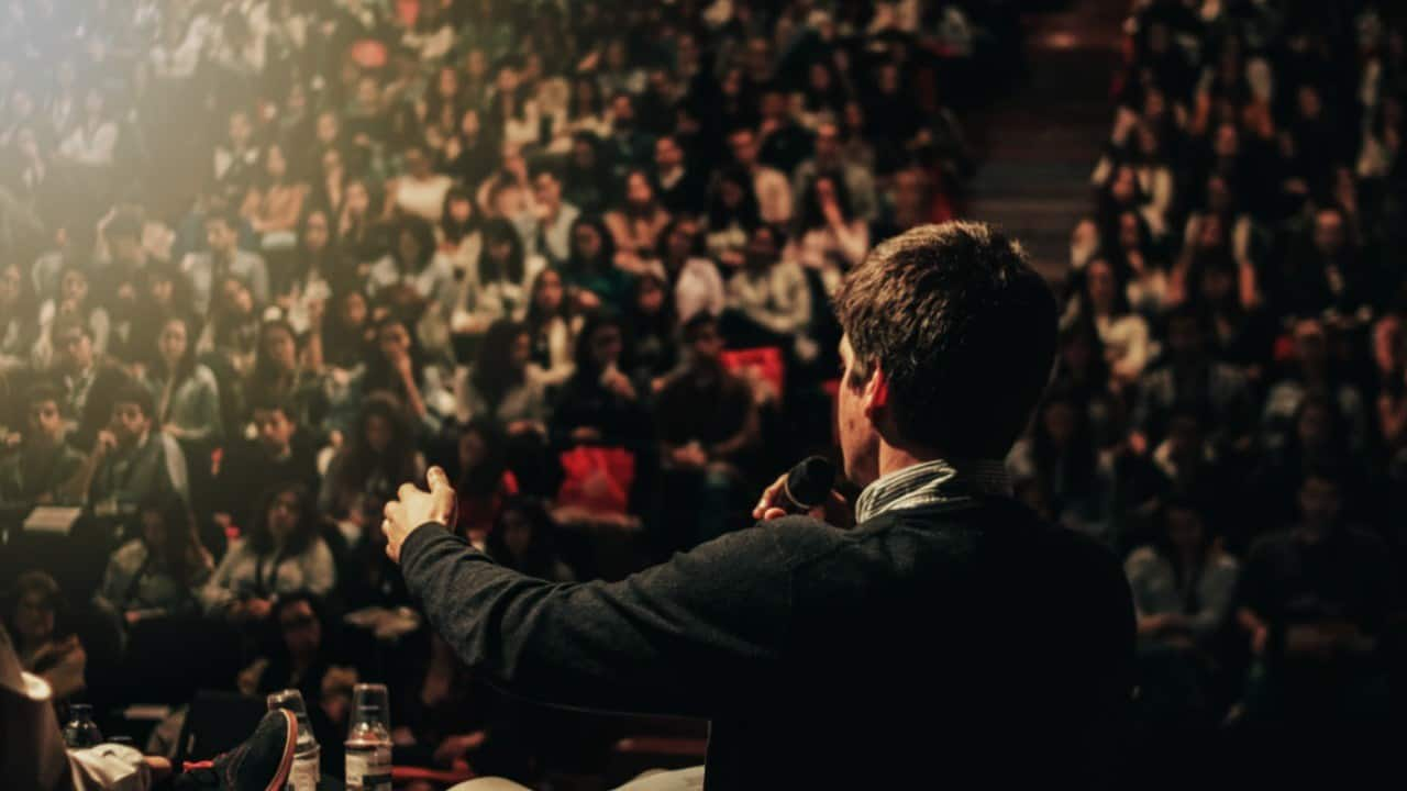 how to build an audience